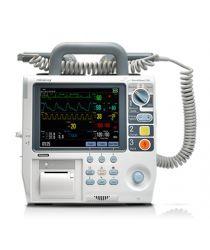 Defibrilators ar pacienta monitoru Mindray BeneHeart D6